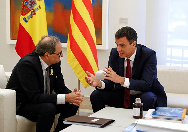 El presidente de la Generalitat, Quim Torra y el presidente del Gobierno español, Pedro Sánchez