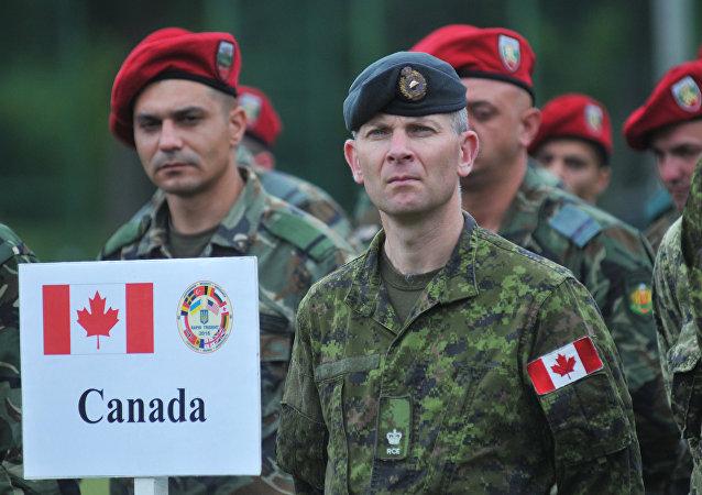 Soldados canadienses