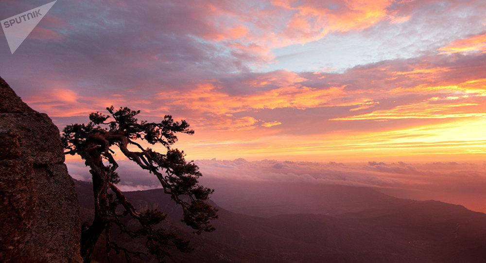 Un magnífico amanecer en Crimea