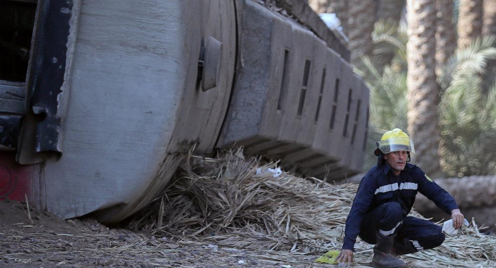 Descarrilamiento de tren en Egipto