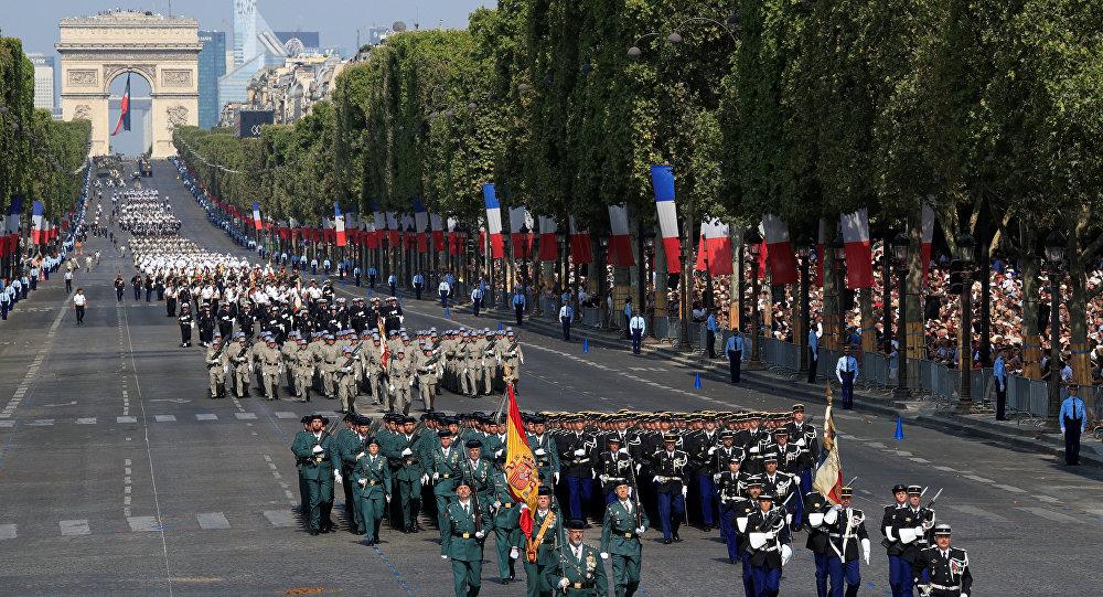 Querian Celebrar El Dia Nacional De Francia Pero Algo Salio Mal
