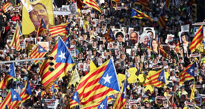 Marcha en Barcelona a favor de la libertad de los presos independentistas catalanes