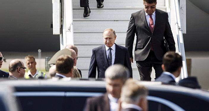 Putin califica como contraproducentes y sin sentido sanciones de EEUU