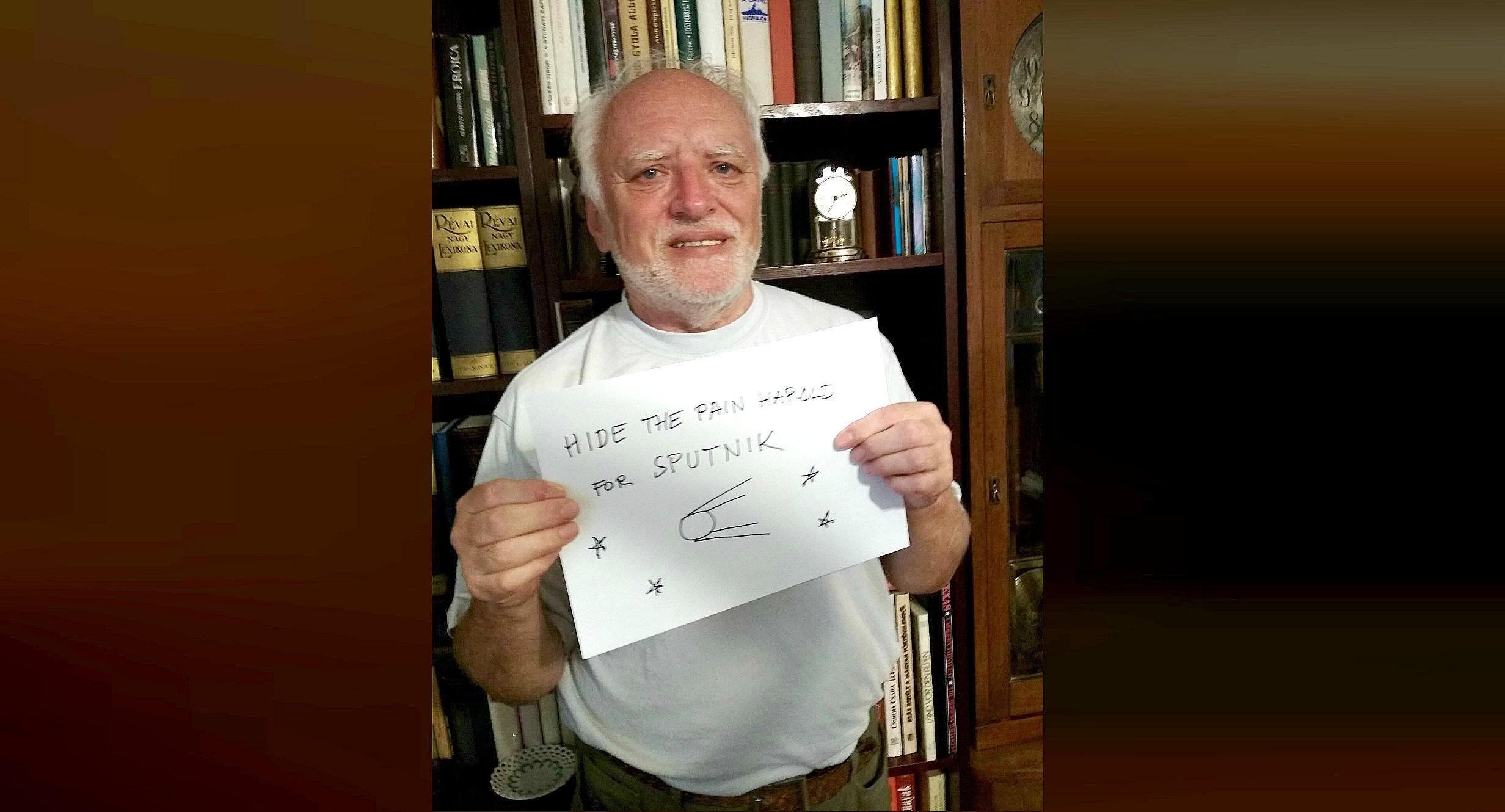 El saludo que 'Oculta el dolor, Harold' envió a Sputnik