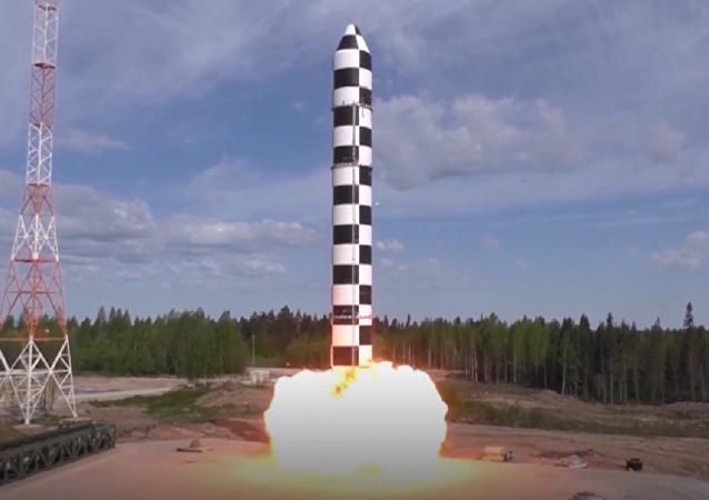 Rusia fortalece su seguridad militar con el sistema de misiles Sarmat