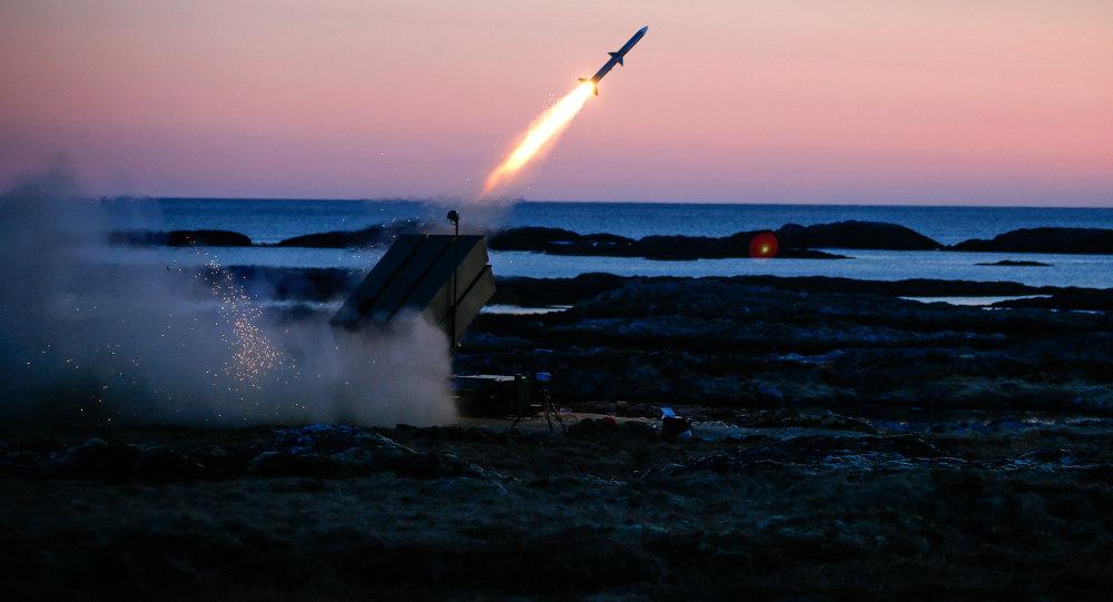 S istema de defensa antiaérea NASAMS