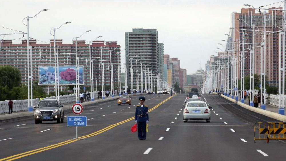 Así es la capital de Corea del Norte un día laborable cualquiera