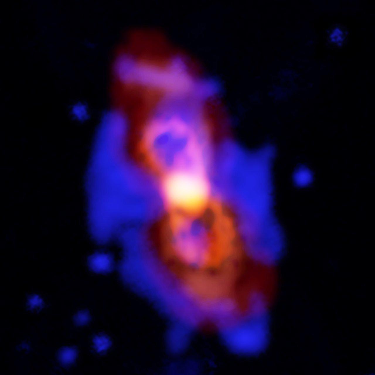 Moléculas radiactivas en los restos de una colisión estelar CK Vulpeculae