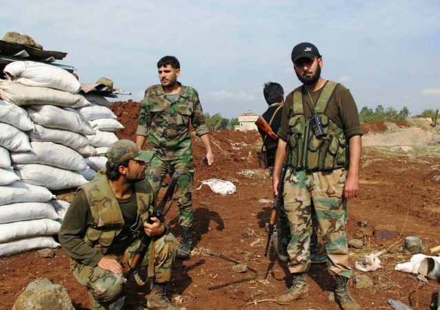 Soldados del Ejército sirio en Daraa