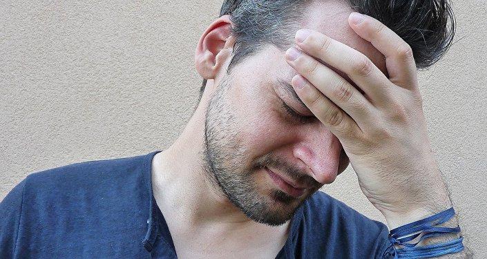 Dolor de cabeza (imagen referencial)