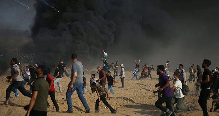 Los manifestantes palestinos