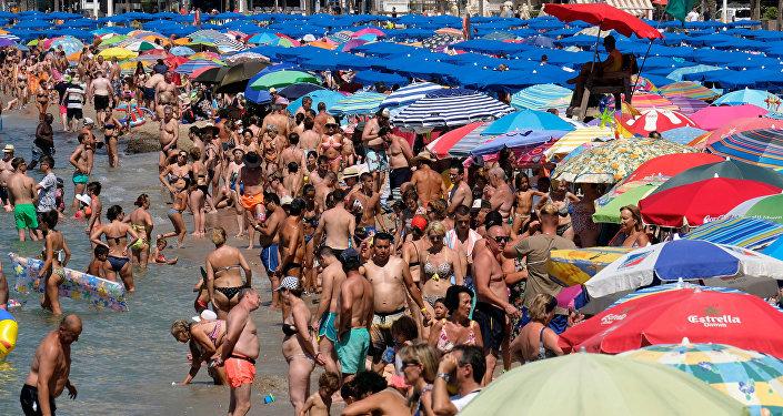La playa de Benidorm, España