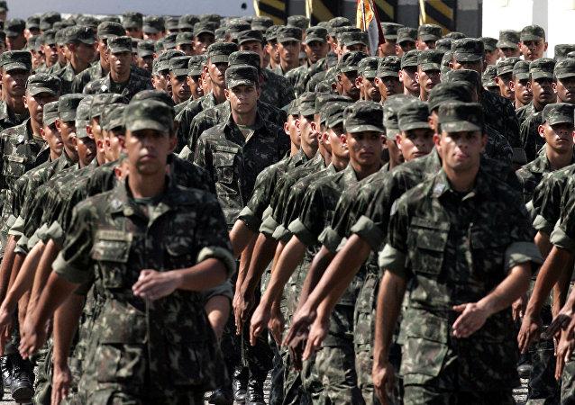 Soldados de las Fuerzas Armadas de Brasil