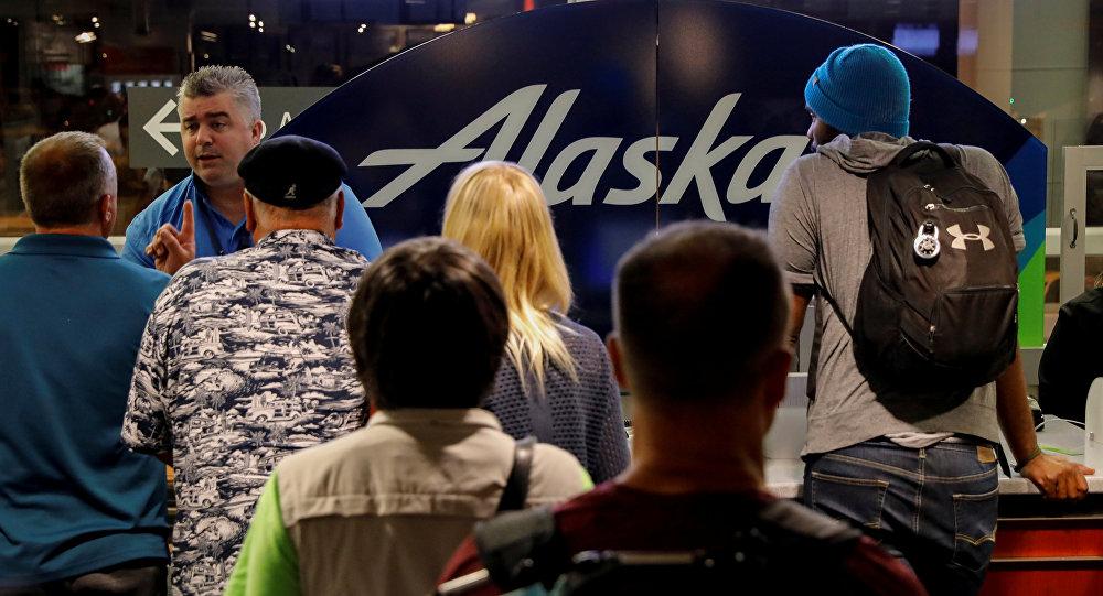 Las filas en el aeropuerto de Seattle tras el incidente con el avión secuestrado