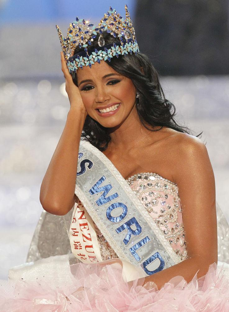La representante de Venezuela, Ivian Sarcos, ganadora del título Miss Mundo 2011