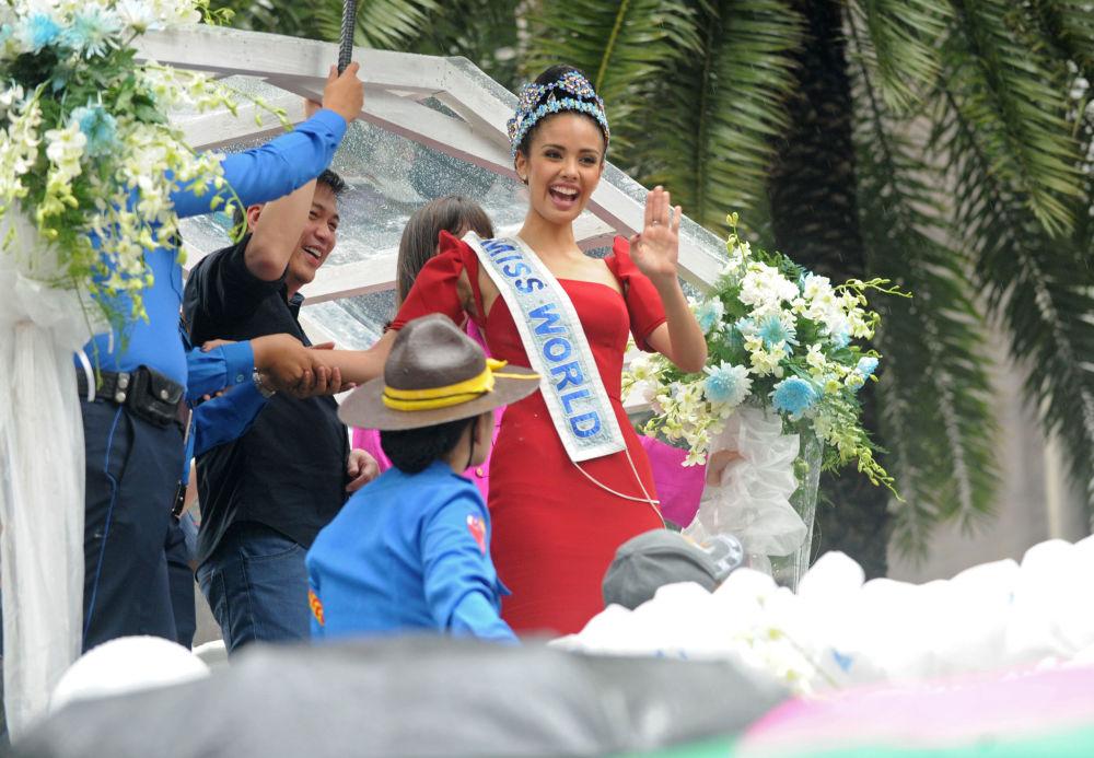 La representante de Filipinas, Megan Young, ganadora del título Miss Mundo 2013