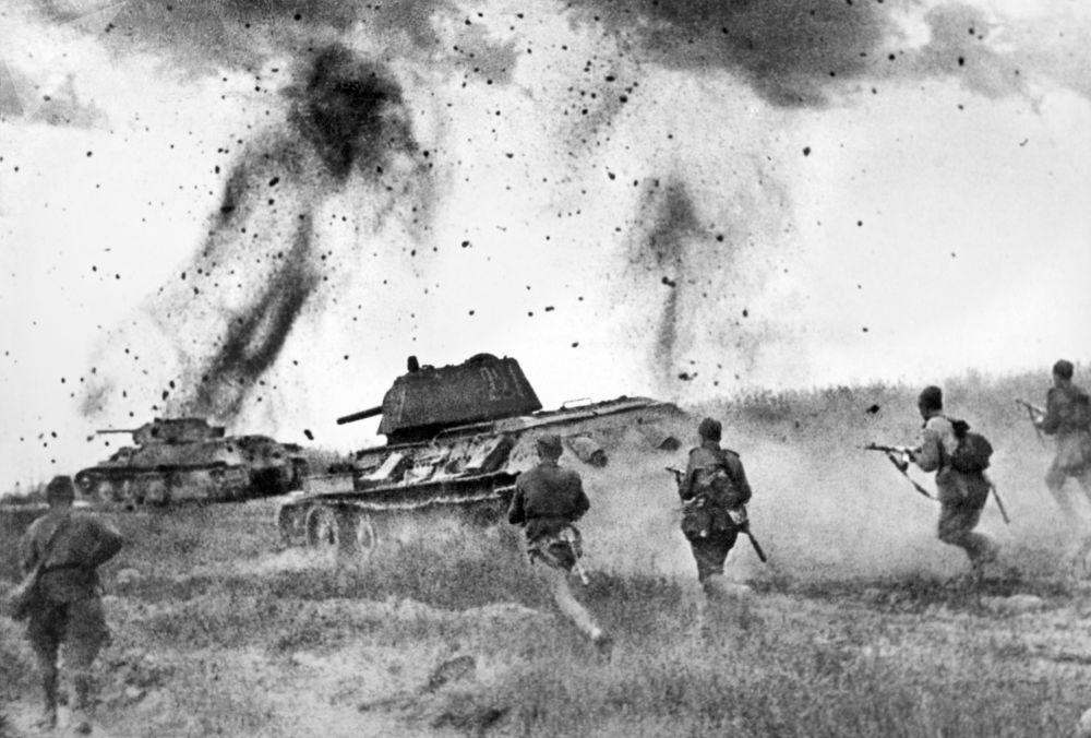 Курская дуга. Атака соединений 5 Гвардейской танковой армии в районе Прохоровки. 5 июля 1943