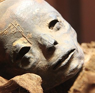 Una momia, referencial