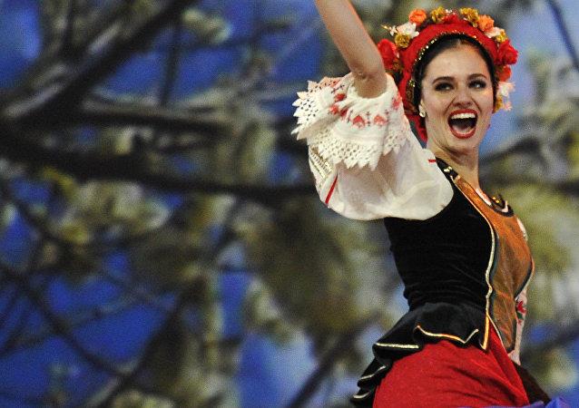 Una participante del Coro Cosaco de Kubán durante una actuación en el Kremlin