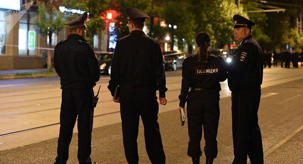 Los agentes de la policía rusa