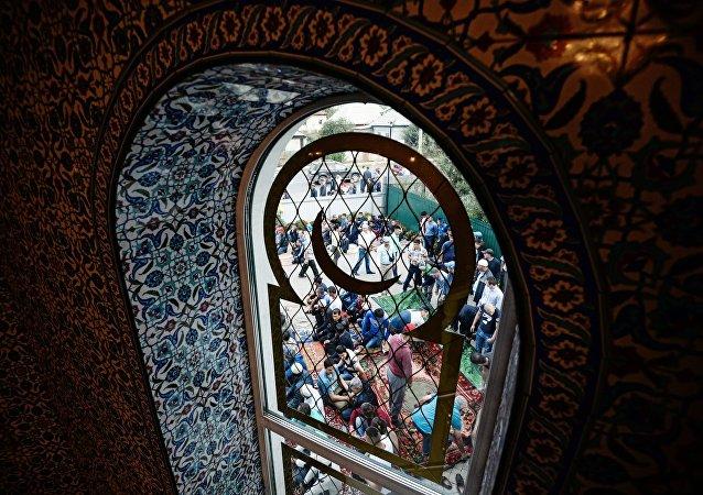 Los musulmanes rusos en una mezquita