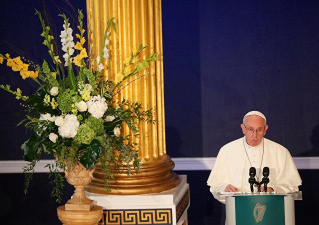 El papa Francisco derante su visita a Irlanda