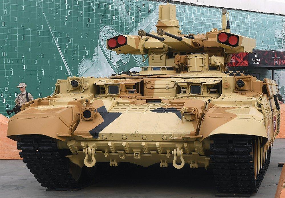 Terminator es el nombre de un vehículo de apoyo de tanques dotado de dos cañones automáticos de 30 mm 2A42, cuatro misiles antitanque teledirigidos Ataka y una ametralladora PKTM de 7,62 mm