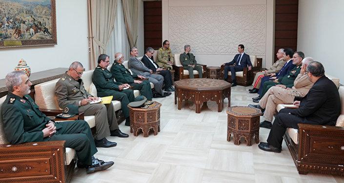 El encuentro entre presidente de Siria Bashar Asad y el ministro de Defensa iraní, Amir Hatami