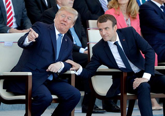 El presidente de Francia, Emmanuel Macron, y su homólogo estadounidense, Donald Trump