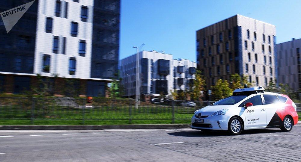 Las pruebas de un taxi autónomo en el parque tecnológico Innopolis