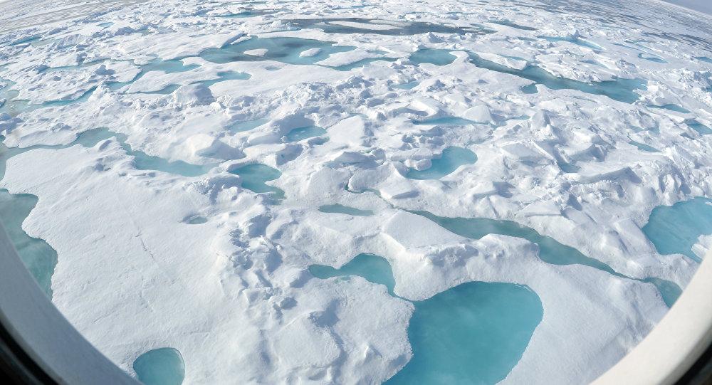 Océano Ártico (archivo)