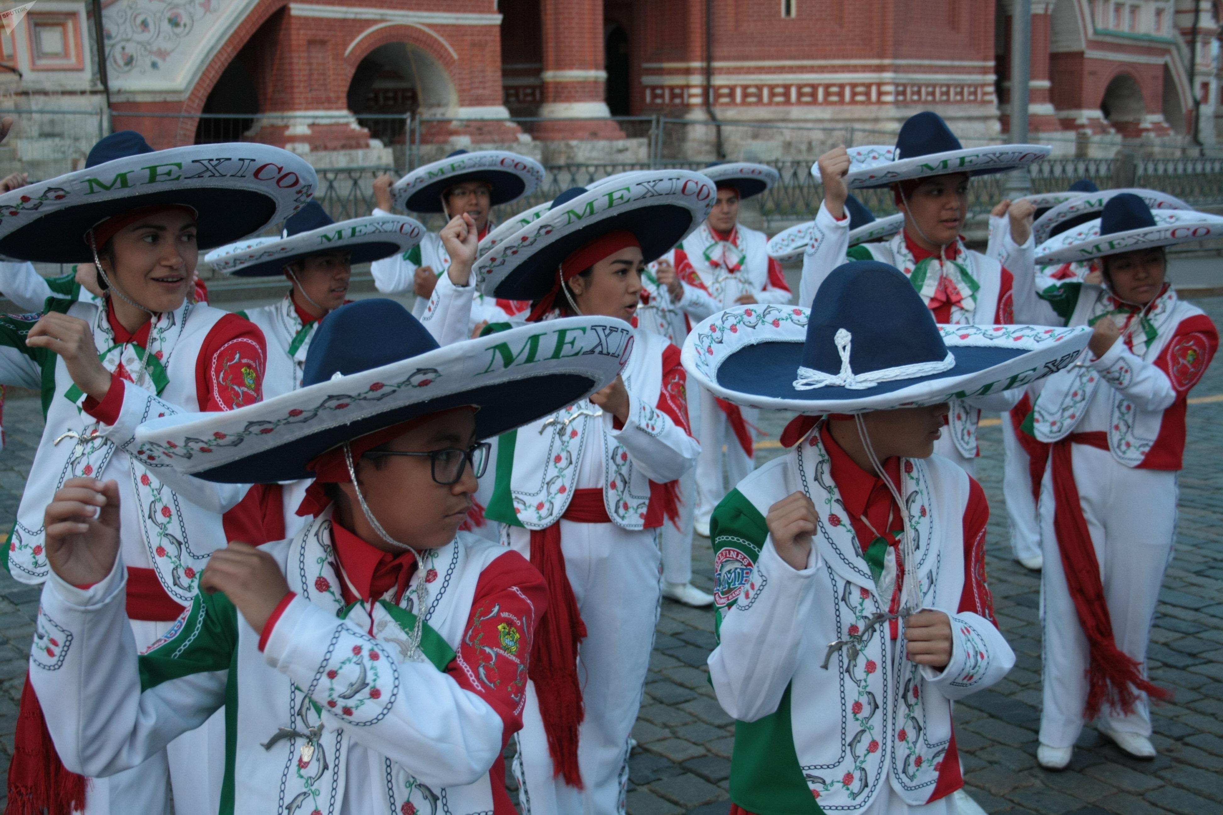 La Banda Monumental en la Plaza Roja