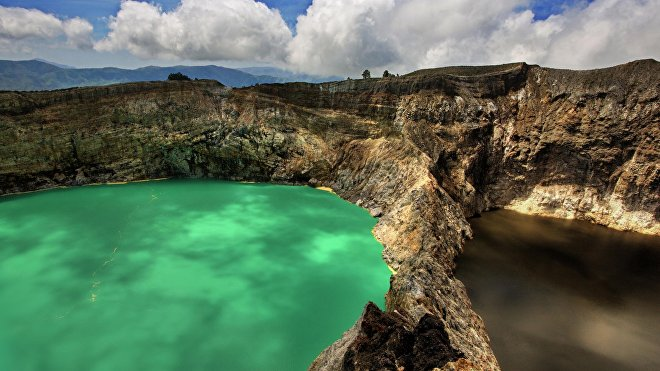 Los lagos camaleónicos de Kelimutu en Indonesia