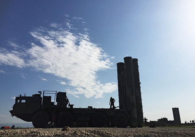Sistema de misiles ruso S-400 en Siria