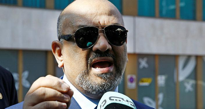 Jaled Yamani, ministro de Exteriores yemení y el jefe de la delegación de su país