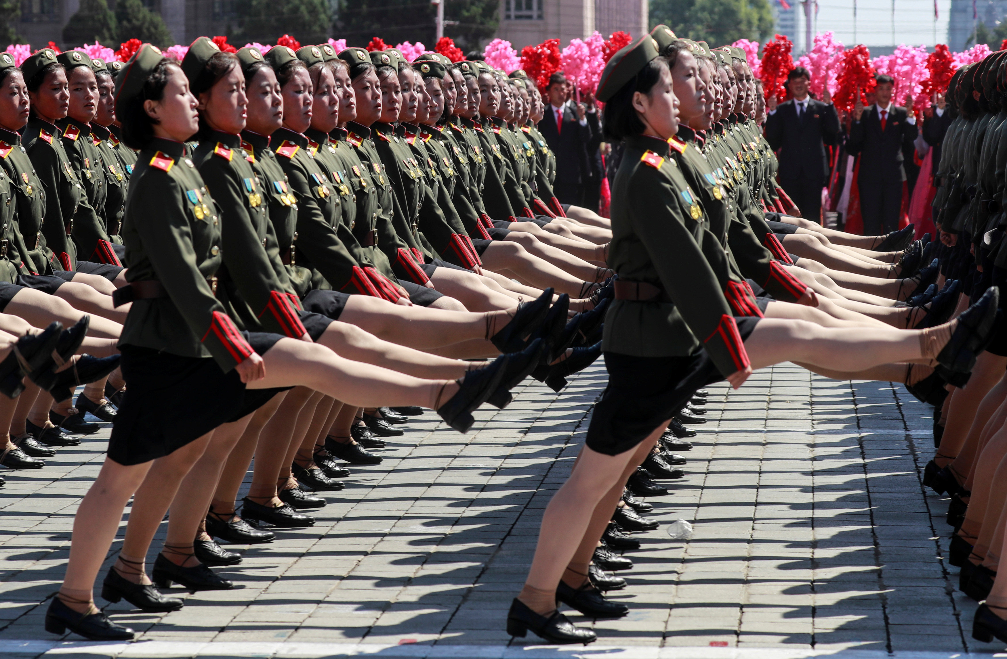 El desfile militar celebrado en Pyongyang con ocasión del 70 aniversario del país
