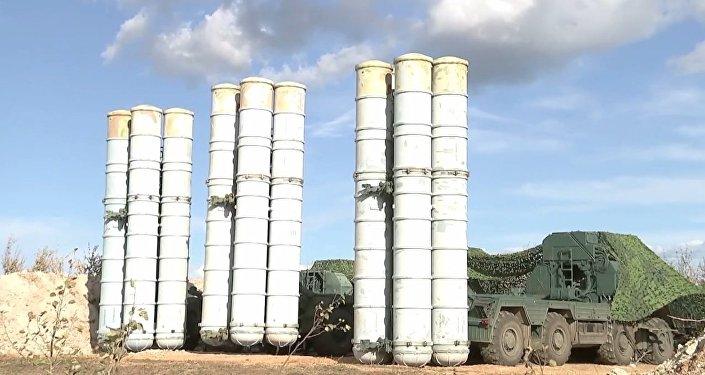 Así se ponen en combate los sistemas antimisiles S-300 y S-400