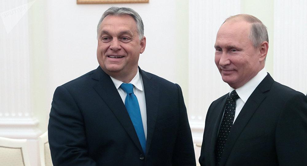 Primer ministro de Hungría, Viktor Orbán, y presidente de Rusia, Vladímir Putin