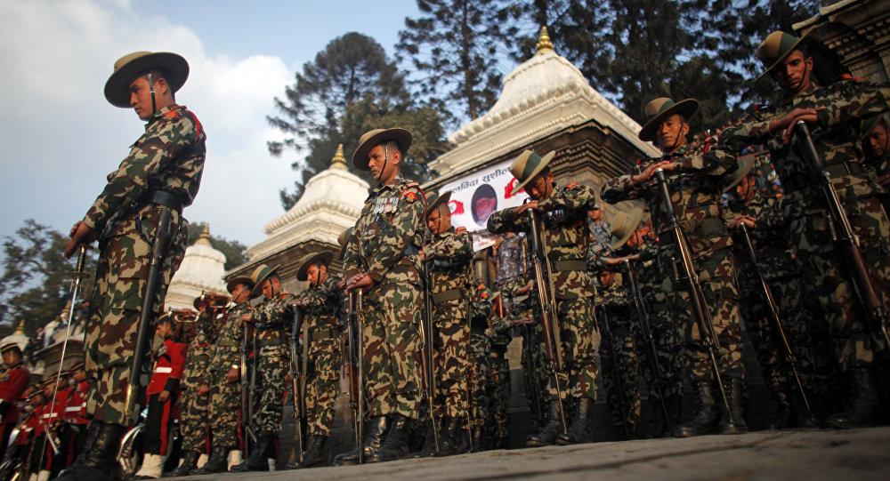 Los soldados del Ejército de Nepal