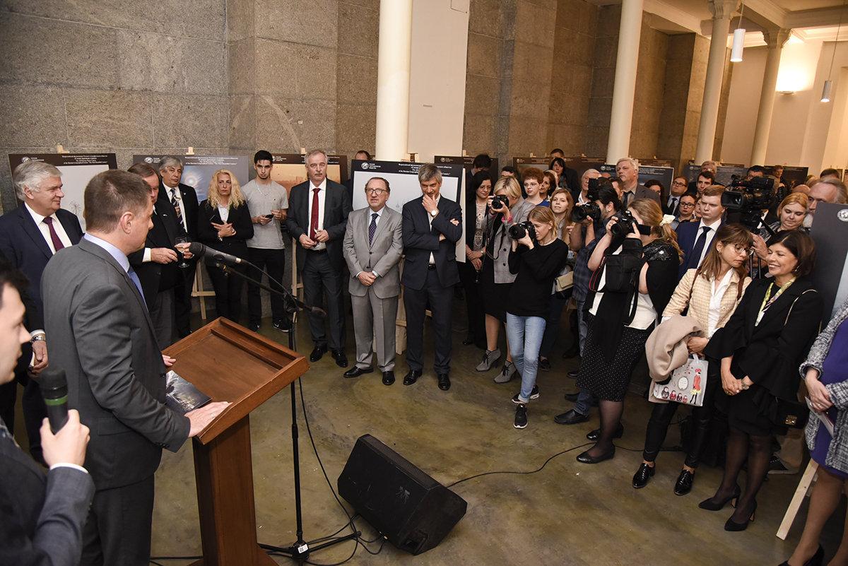 """Inauguración de la muestra """"Rusia es mucho más"""", en el Salón Blanco de la Cámara de Diputados de Argentina"""
