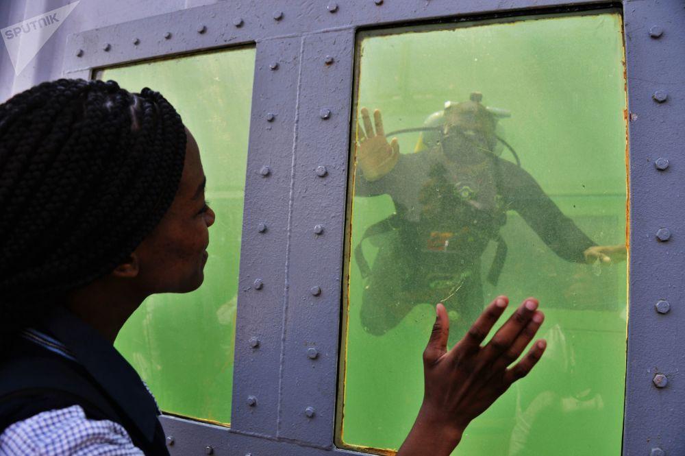 La feria internacional de armamento y material bélico Africa Aerospace & Defence