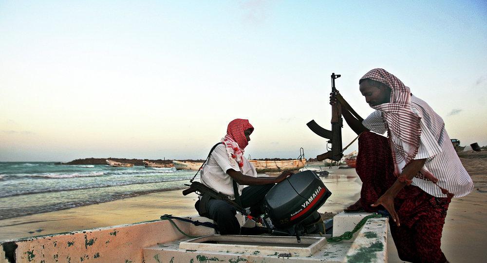 Unos hombres armados (imagen referencial)