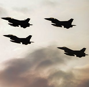 Aviones F-16
