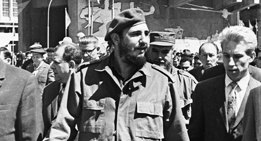 Fidel Castro durante su visita a la URSS en 1963