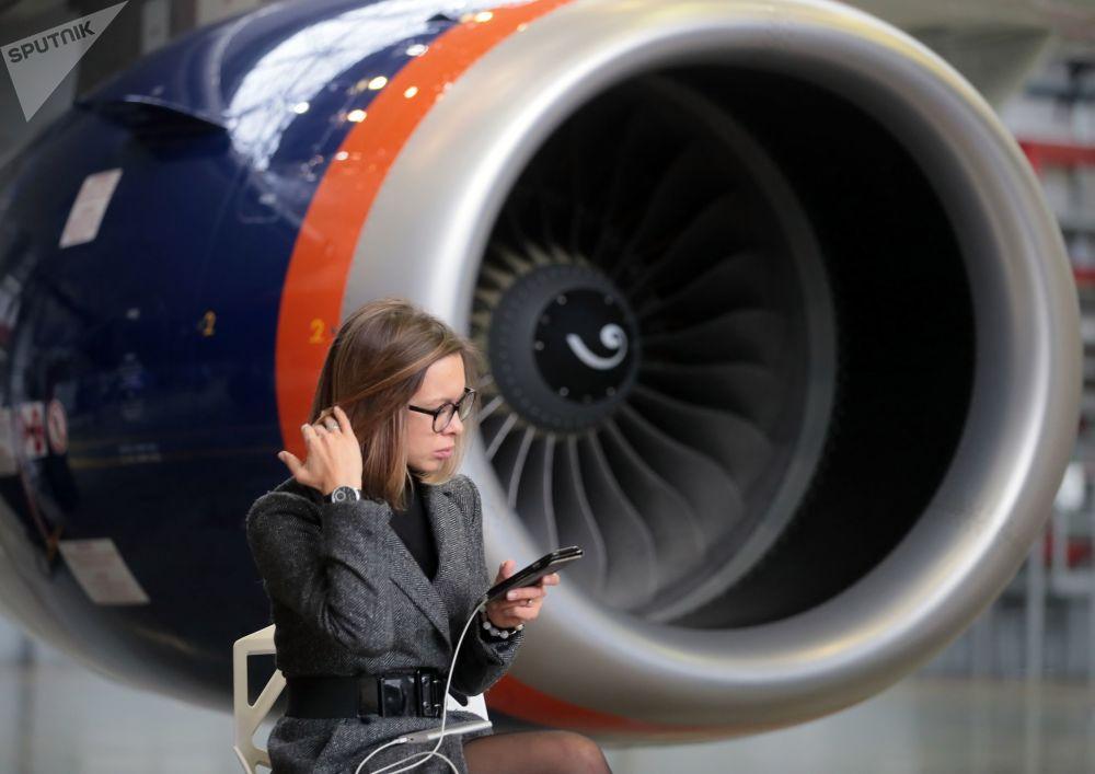 La empresa Aeroflot recibe el avión número 50 del Sukhoi Superjet 100
