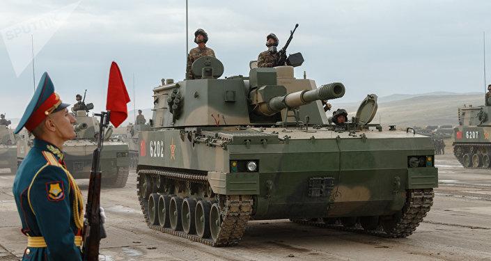 Militares chinos durante las maniobras Vostok 2018 que se celebraron en Rusia