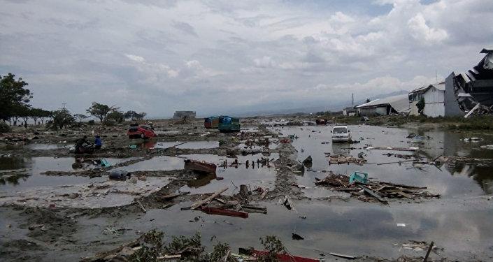 Las consecuncias del terremoto y tsunami en Indonesia