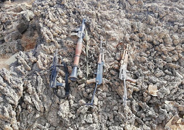 Unas armas abandonadas por los terroristas (archivo)