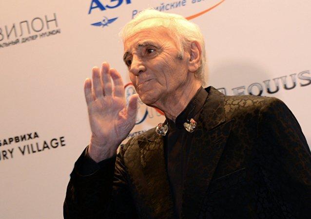 Charles Aznavour, cantante francés