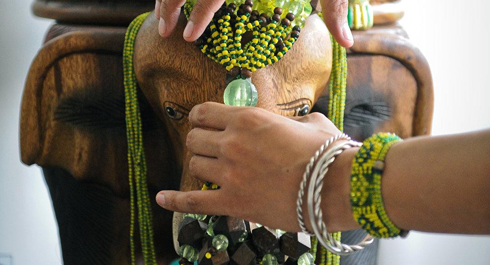 Orula Un Santo Africano Adorado En Cuba De Fiesta Cada 4 De